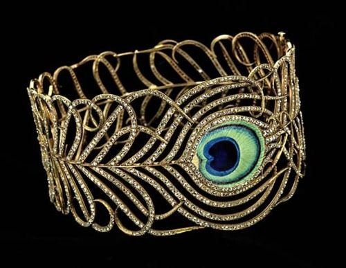 Jeweled (gold, diamonds and enamel) Collar in the Shape of a Peacock Feather ca. 1900, Mellerio dits Meller