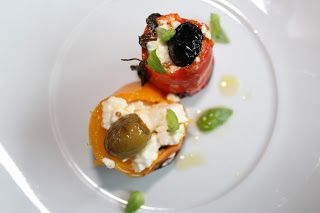 Foi pra panela: Pimentos mini recheados com feta e azeitonas