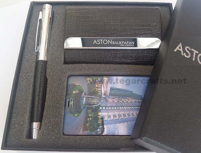 A gift set ordered by Aston Balikpapan Hotel & Residence, Balikpapan, East Kalimantan Indonesia. Contains of Pen, Business Card Holder and a 8GB USB Card Flashdrive