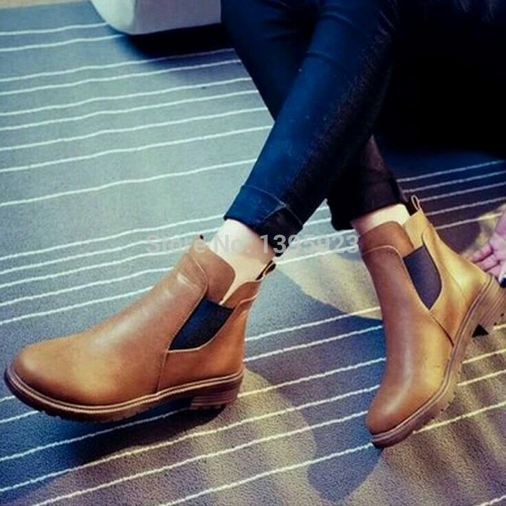 Want them soo bad!! Where can i found this pair of
