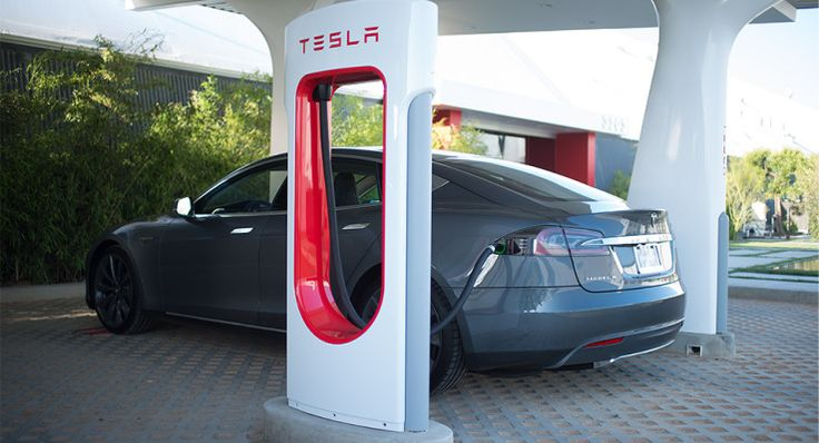 Tesla to charge new owners for Supercharger use after around 1K miles Teslas network of Superchargers have so far offered free unlimited use to drivers of Tesla vehicles but that was never going to last forever. Tesla announced upcoming changes to the Supercharger program today which will introduce a fee for owners who purchase their vehicle after January 1 2017  but only if they exceed 400 kWh of charging in a year which translates to roughly 1000 miles of driving.  Once that threshold is…