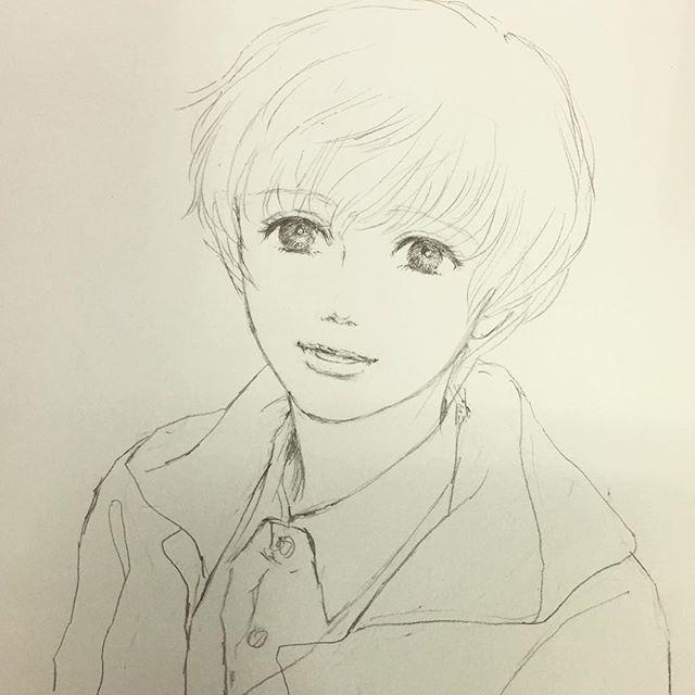 久々に投稿です。 秋の初めに描いたイラスト。 怒涛の11月が終わりましたが12月は年末進行というやつで納期早め。暮れまで慌ただしい日は続きそうです。リズムキープして頑張らねば(^ ^) #イラスト #illustration #drawing #鉛筆 #もとp #少年fukudamotoko2017/12/01 20:49:07