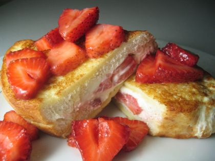 Stuffed French Toast Recipe - 5 Point Total - LaaLoosh