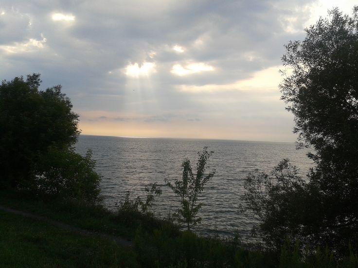 These rays were coming down beautifully onto the lake.