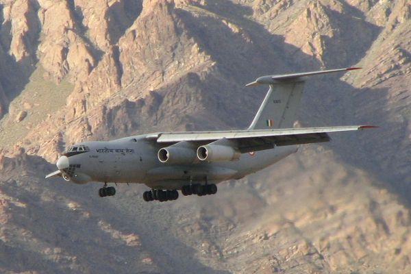 An Ilyushin Il-76 of the Indian Air Force lands at Leh, one of the highest airports in the world. Image courtesy of Karunakar Rayker. - Image - Airforce Technology
