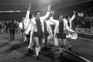 Europacupsieger von 1974 live bei uns im Allee-Center Magdeburg! Erlebt Spary, Pomme und Paule live, sichert euch euer Autogramm und mit viel Glück könnt ihr beim Torwandschießen eine Halbjahreskarte für die neue Saison des 1. FC Magdeburg gewinnen. #1fcm #fußball #autogramme #autogrammstunde #magdeburgcity #magdeburg #alleecentermagdeburg #blog #magdeburgerkind #news #shoes #wirlebenMagdeburg