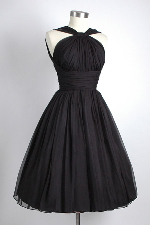 Vintage Knee-Length Sleeveless Open Back Black Homecoming Dress Ruched