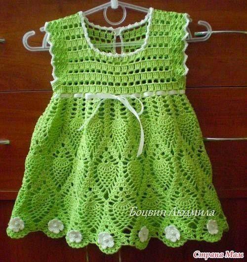"(20) Croche Terapia⊱ - Croche Terapia⊱ agregó 3 fotos nuevas al álbum... [   ""Crochet Knitting Handicraft: Green Dress for girl crocheted"",   ""Tina"