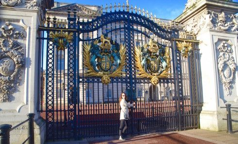Buckingham Palace - I've come to visit the Queen