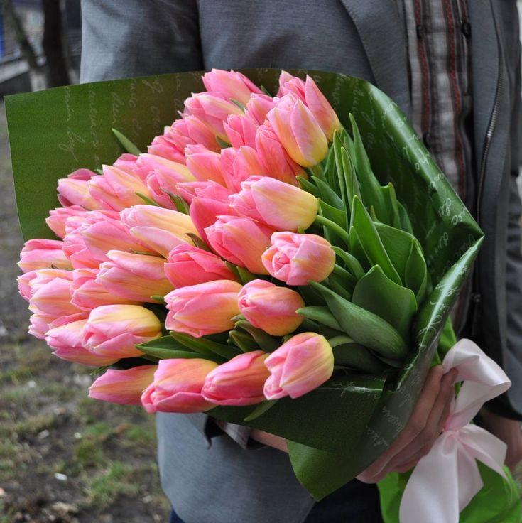именные цветы тюльпаны фото букеты огромные первую очередь