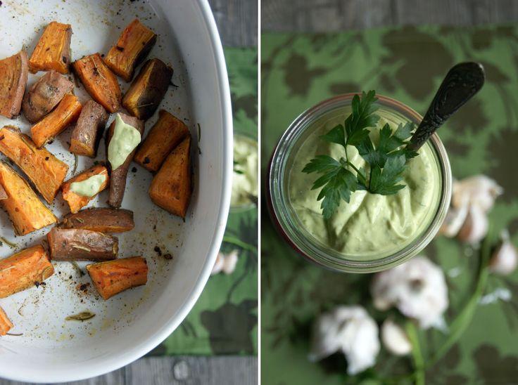 zacisze kuchenne: Pieczone bataty z avocado aioli