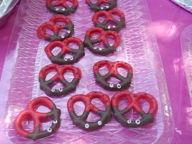 Chocolate Covered pretzels at a ladybug party #ladybug #pretzels