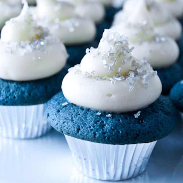 Blue Velvet Mini-Cupcakes - My Honeys Place
