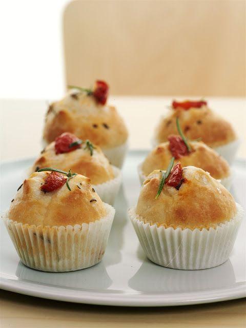 Cosa blogga in pentola: Muffin di focaccia