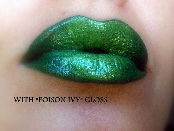 Green Lip Contour / Liner / Paint Green matte by FierceMagenta