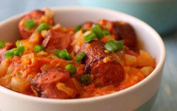 Rougail saucisses Weight watchers, une recette facile et simple à préparer rapidement pour le déjeuner ou le repas du soir.