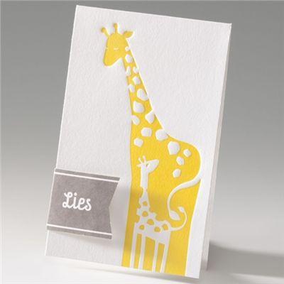 Geboortekaartje gele giraf - Suikerdraakje - Doopsuiker en Geboortekaartjes