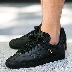American Amazon's current black Us5.5 code is priced at discount $23.8, limited by the size of the size, and a suitable value friend can consider Fashion style, limited size adidas from Germany well-known sports brand, founded by Adolf Dassler in 1979, the main production of sports clothing and sports equipment, its products are mainly divided… Read More »