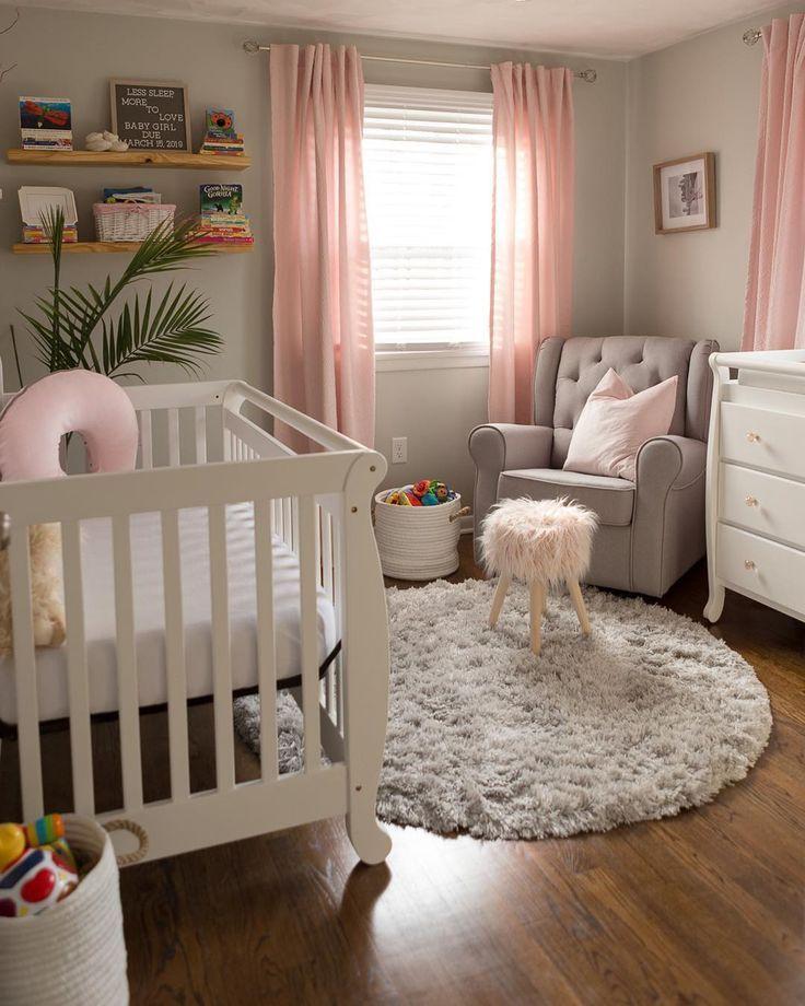T-3 Wochen, bis wir Babymädchen treffen können! Wir sind alle so aufgeregt! Wir haben dem Kinderzimmer noch einige Feinheiten hinzuzufügen. aber insgesamt liebe ich… – #Add …