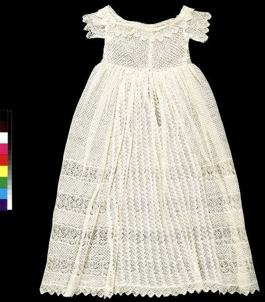 Hand-knitted baby dress, third prize in the handknitting section of the Great Exhibition. 1851, Sarah Ann Cunliffe. l Victoria and Albert Museum