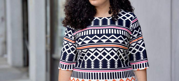 Современные дизайнеры все больше времени уделяют моде для полных женщин, ежегодно предоставляя их вниманию новые модели одежды. Ведь любая женщина без исключения независимо от объемов может выглядеть привлекательно и сексуально. Достаточно правильно подобрать себе наряд, последовав некоторым рекомендациям профессиональных стилистов. Повседневная и деловая одежда для офиса Для ежедневной и офисной жизни полных дам подойдут платья-рубашки, […]