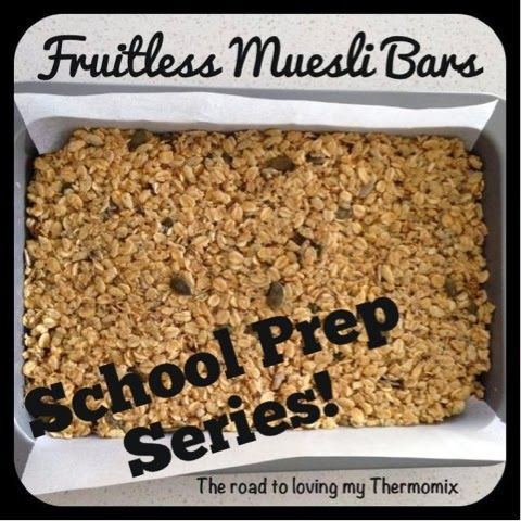 The road to loving my Thermomix: Lunchbox Prep: Fruitless Muesli Bars