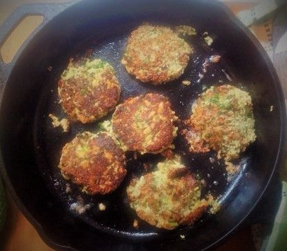 Blue Cheese & Chia Seed Fritters – Vibrant Nutrition