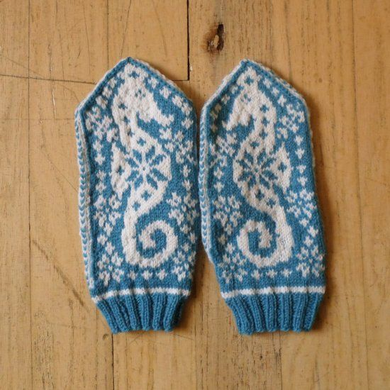 Beautiful handmade mittens for a friend that loves the sea. Makes a great stocking stuffer. Tips and pattern links provided.