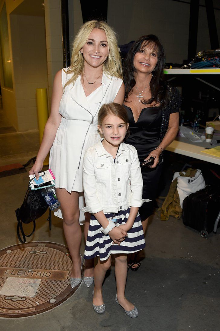 Pin for Later: 23 of the Cutest Billboard Music Awards Pictures  Pictured: Jamie Lynn Spears, Maddie Aldridge, and Lynne Spears