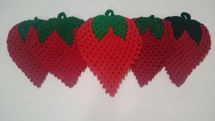 Frutillas agarraderas | Piscochos Crochet | Elo7