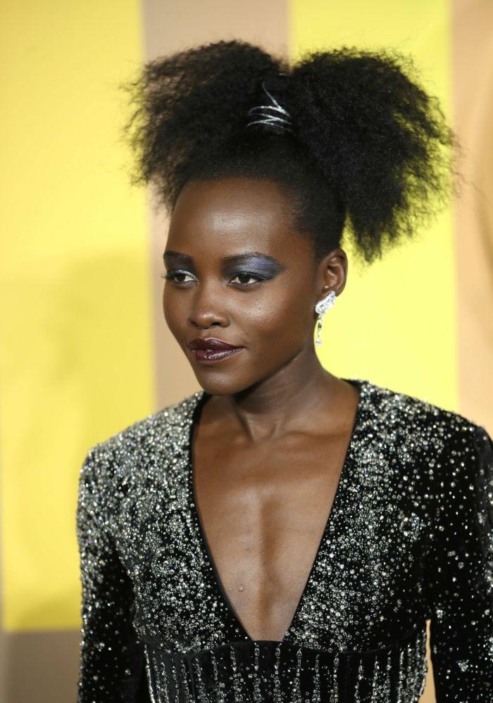 interesantes-propuestas-de-peinados-pelo-afro-recogido-en- 8c78710c4164