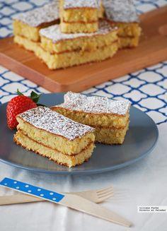 Reconozco que no conocía el famoso pastel Biarritz hasta que me encontré con la receta vagando por las redes hace unas semanas. Me enamoró su te...