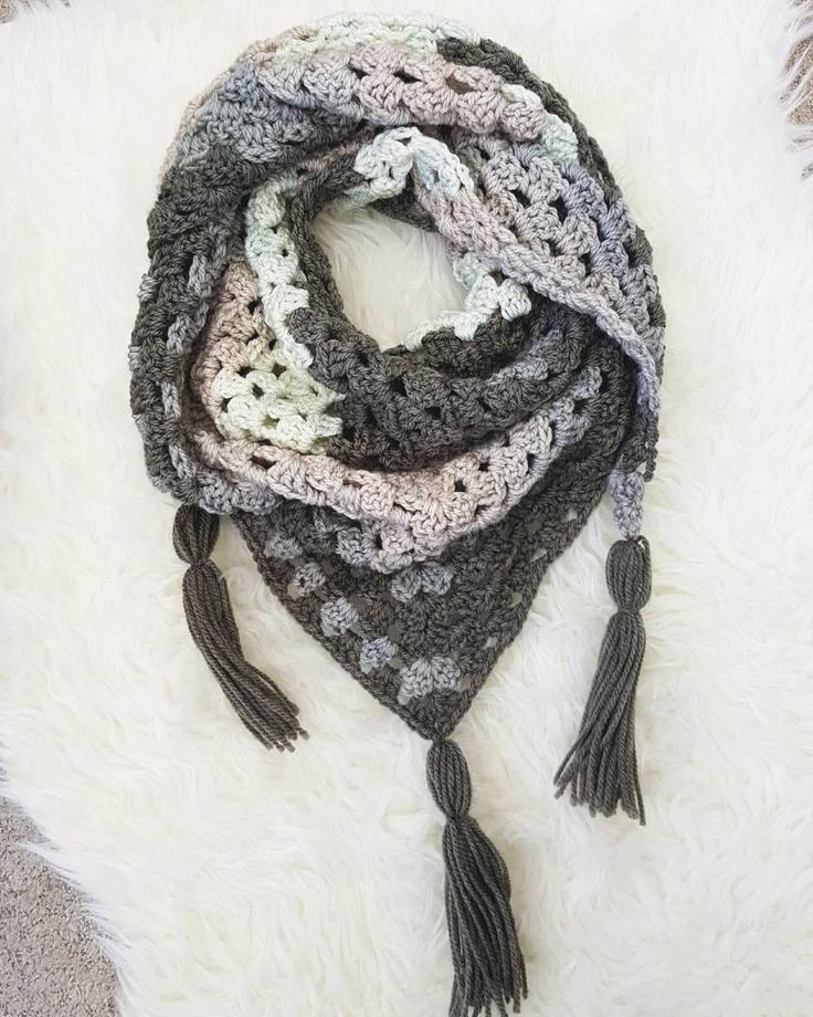Granny square free scarf pattern