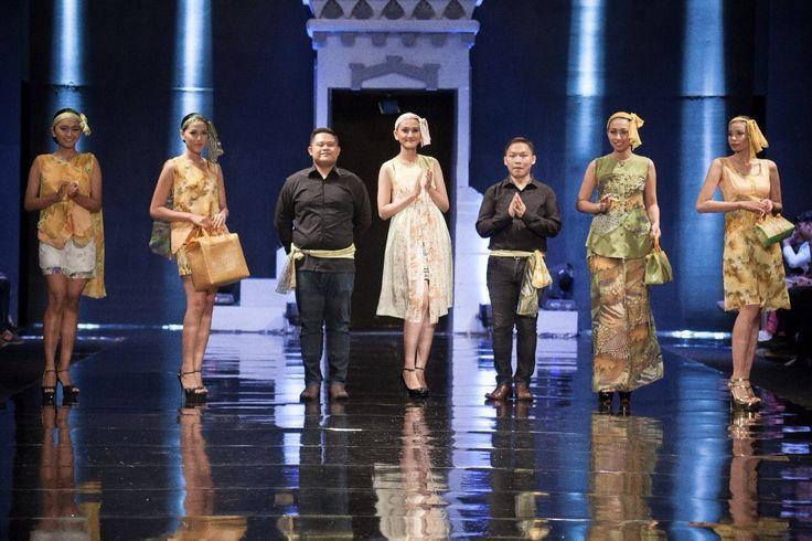 Finalé w/ The Designers  WANDERLUST: a sweet escape  For Jogja Fashion Week 2014