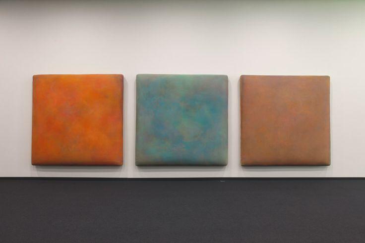 Zoom I, II, III 1998/99. Acryl Mischtechniken auf Leinwand auf Synthetikwatte auf Leinwand, 185 x 185 cm. © Gotthard Graubner / Foto: Werner J. Hannappel