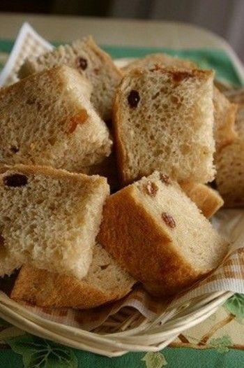 パンの香りで目覚めたい♪ ホームベーカリーで作る『みんなのパン ... りんご、レーズン、玄米粉を使ったパン。いろいろな材料の組み合わせ