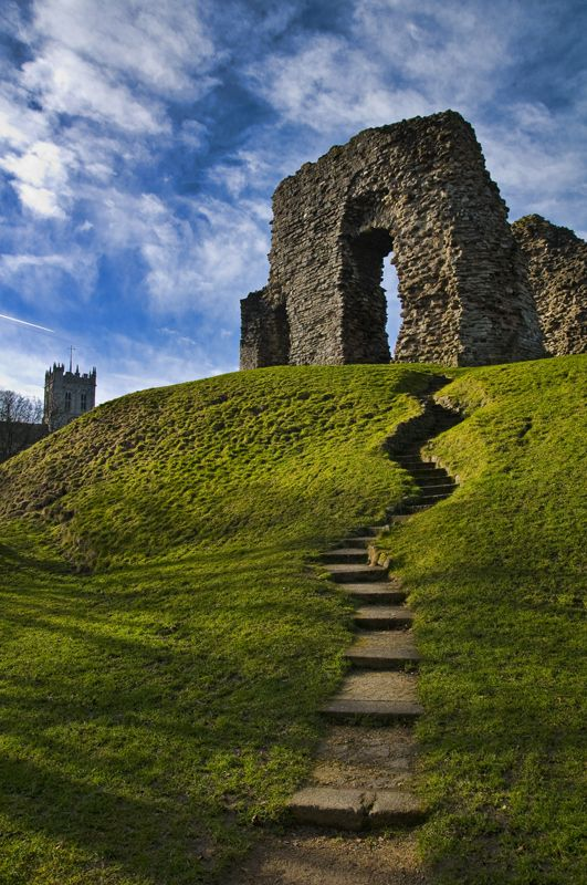 Christchurch Castle : 5mins walk from where we rehearse. Ideal photoshoot location. But try climbing those steps in heels...