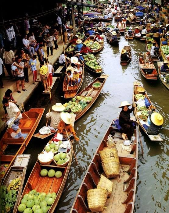 Thailand, Floating market.