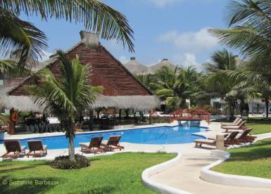 Why stay at El Dorado Casitas Royale resort in Mexico: El Dorado Casitas Royale