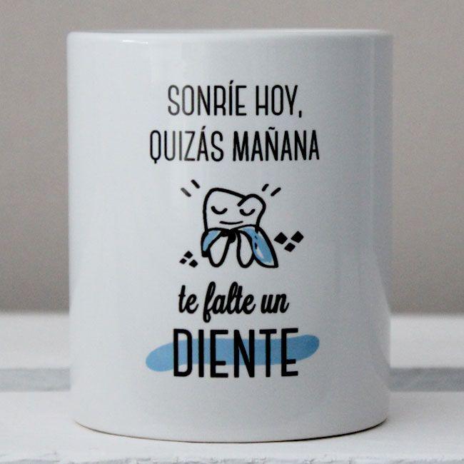 "Tazas en Castellano : Taza ""Sonríe Hoy"""