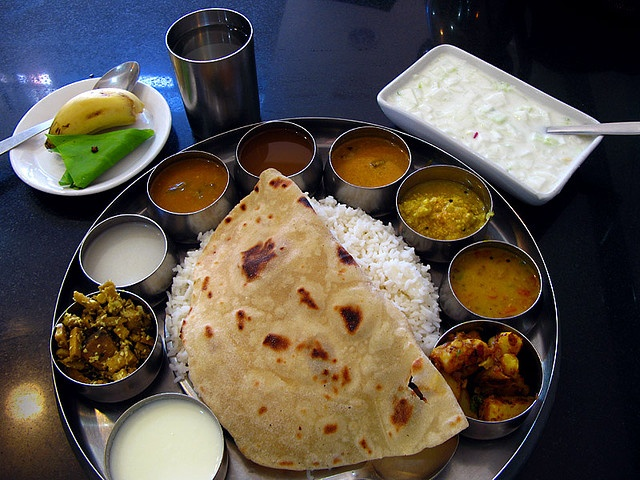 "South Indian meal set ""special"", Kanyakumari, Tamil Nadu, India photo by: Happy Sleepy (flickr)"