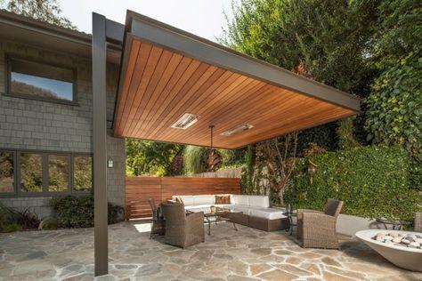überdachte terrasse bauen freistehend holz stahl gerüst sichtschutz