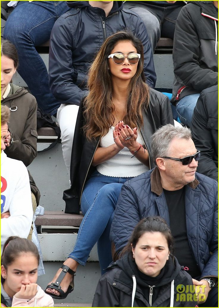 Nicole Scherzinger Supports Boyfriend Grigor Dimitrov at French Open: Photo #3665345. Nicole Scherzinger sits in the crowd and supports her boyfriend Grigor Dimitrov during his match at the French Open on Sunday (May 22) in Paris, France.    The 25-year-old…