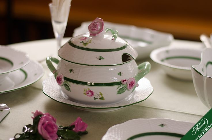 The centre is decorated with a Blossoming Red stemmed Rose painted with semi-transparent strokes of the brush, surrounded by Tiny Parsley motives.  http://www.herend.at/services/vienna-rose-vrh-herend-porcelain-sets/