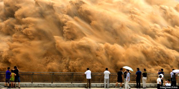 PHOTOS: These Yellow River Sand-Washing Photos Are Just Nuts