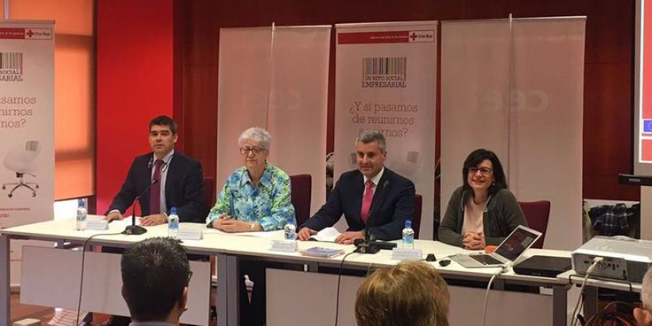 Alfonso Esteban: La colaboración entre empresarios administraciones y organizaciones como Cruz Roja es clave para la creación de empleo