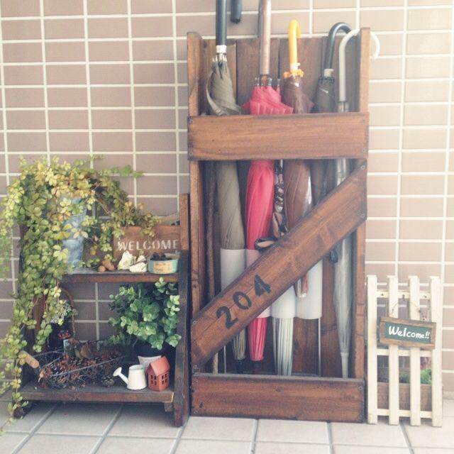 ma_saruさんの、ワサワサシュガーバイン,傘立てDIY,花台DIY,すのこ看板,狭い玄関ポーチ,Entrance,のお部屋写真