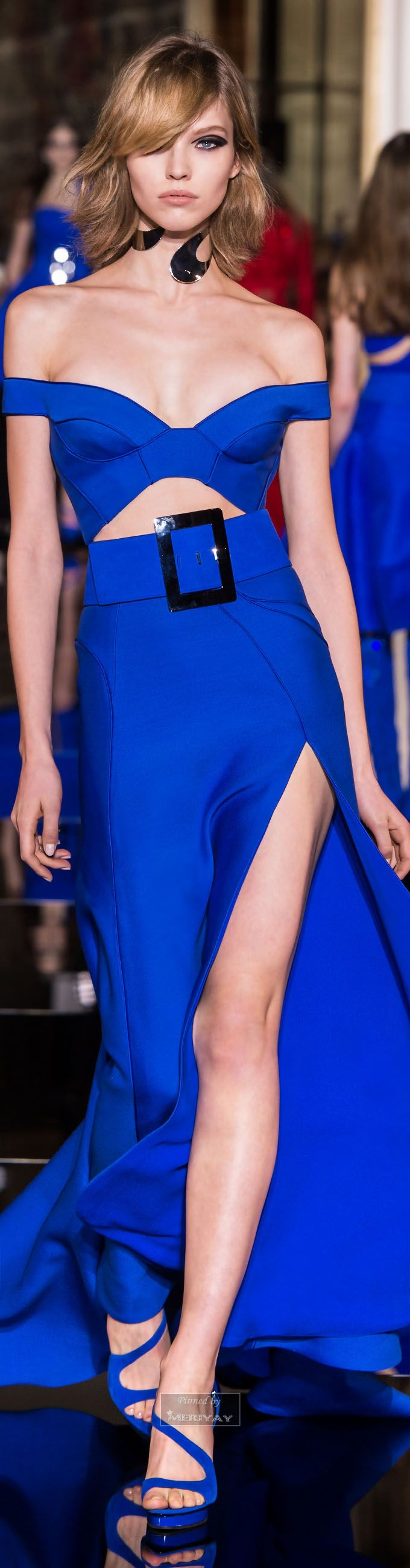 Atelier Versace Couture Spring 2015. not a fan of the big buckle but still vary beautiful!! - V