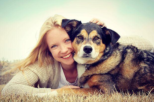 Hundar och barn är väldigt känsliga på att plocka upp signaler. Andra starkare än andra. Men det är inte bara till barnen som vi präglar vara energier till, även till våra husdjur.