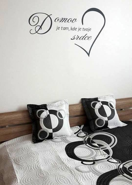 Ďakujeme za super foto:-) Nálepka v predaji tu: http://artsablony.sk/tovar/3045n-nalepky-na-stenu